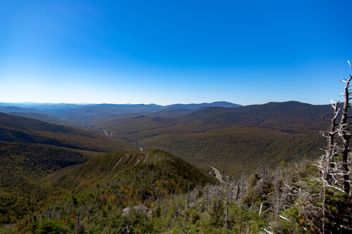 View from the Franconia Ridge Trail on the Mount Lafeyette during fall